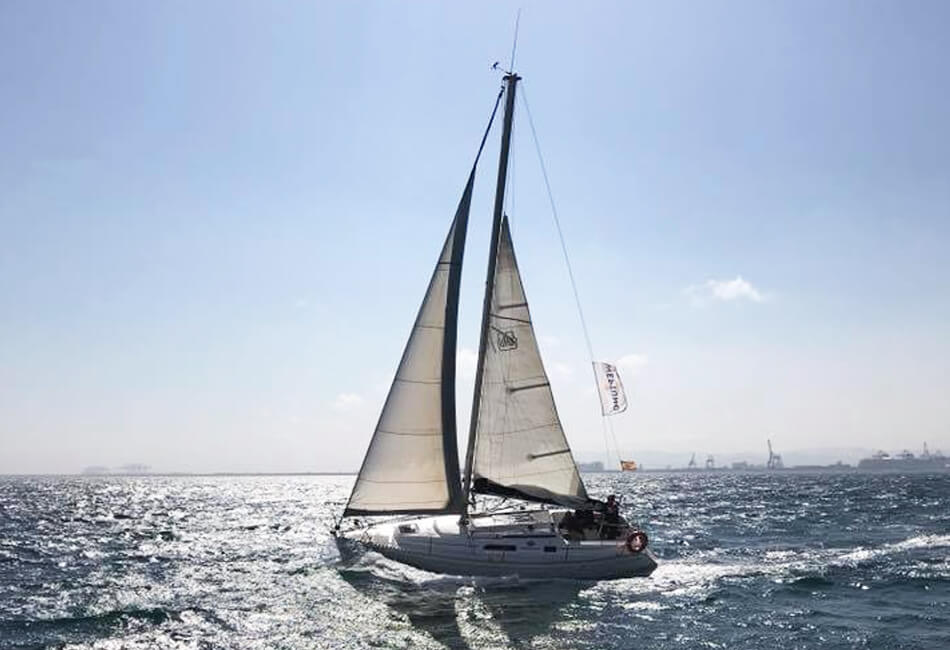 30 ft Dufour Neptunito Classic Sailboat