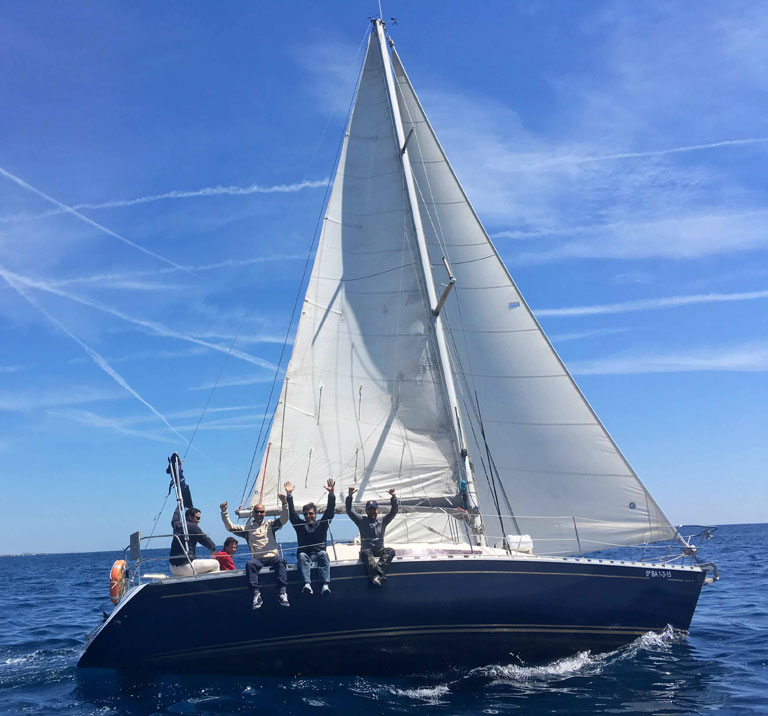 32.8 ft Regatta Sailing Cruiser