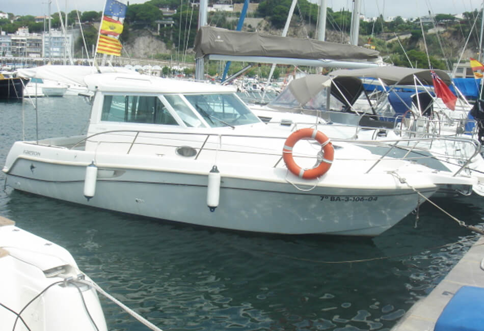 32 ft Ramfel Deep Sea Fishing Boat