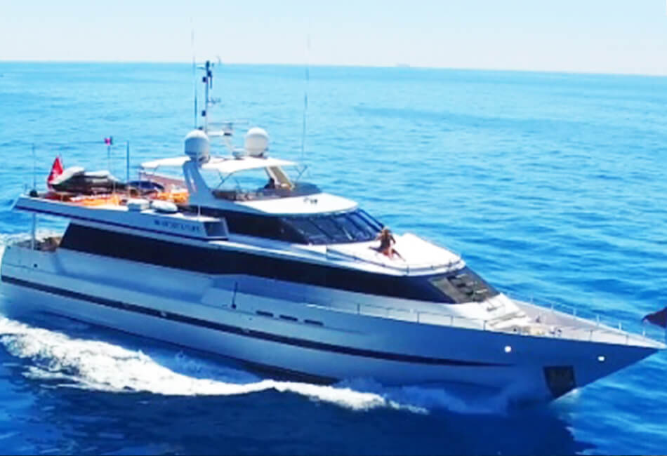 98.4 ft Hessen Luxury Yacht